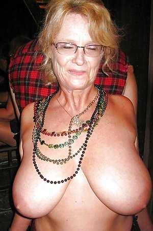 Older Women Pictures