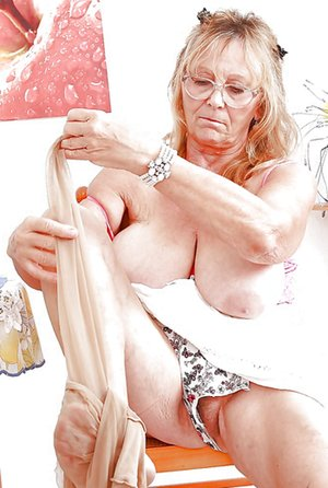 Older Women Pictures